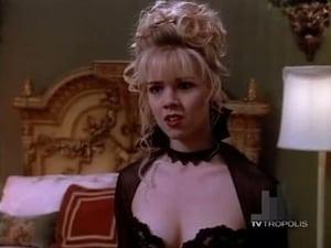 Acum vezi Episodul 13 Dealurile Beverly, 90210 episodul HD