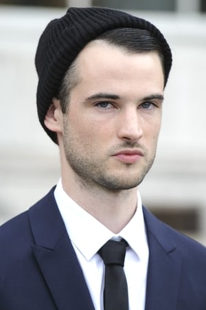 Tom Sturridge isJon Dondon
