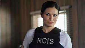 Watch S19E1 - NCIS Online