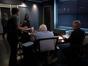 Mroczne zagadki Los Angeles Sezon 5 odcinek 12 Online S05E12