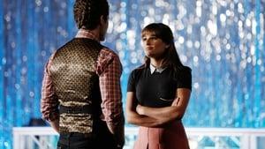 Serie HD Online Glee Temporada 6 Episodio 1 Perdedor como yo