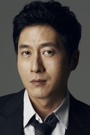 Kim Joo-hyuk isDeok Hoon