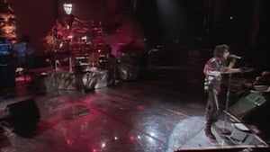 Alice Cooper : Trashes the World