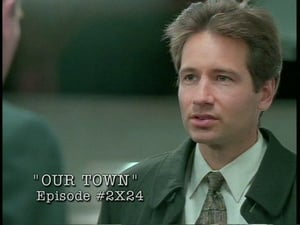 The X-Files Season 0 : Behind the truth - Out town