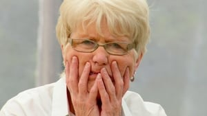 The Great British Bake Off: 1×2