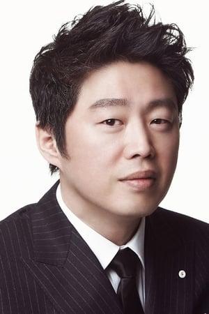 Kim Hee-won isChoi Yoon-Ki
