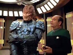 Star Trek: Voyager Season 4 Episode 16