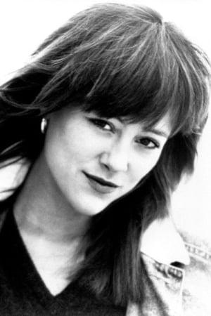Liz Sagal isRonette