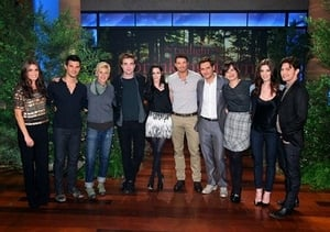 Robert Pattinson, Kristen Stewart, Taylor Lautner & Kellan Lutz, Ashley Greene, Nickki Reed, Jackson Rathbone, Peter Facinelli & Elizabeth Reaser, Bruno Mars