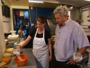 Diners, Drive-Ins and Dives Season 3 Episode 10