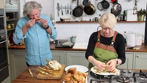 Watch S1E7 - James May: Oh Cook! Online