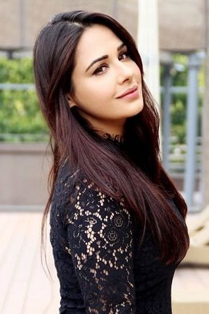 Mandy Takhar isLaali