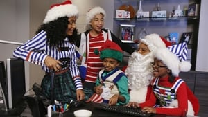 black-ish Season 1 :Episode 10  Black Santa/White Christmas