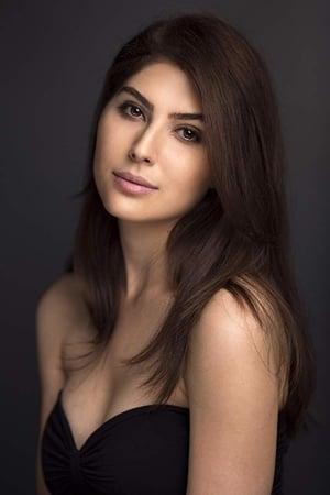 Elnaaz Norouzi isNaaz