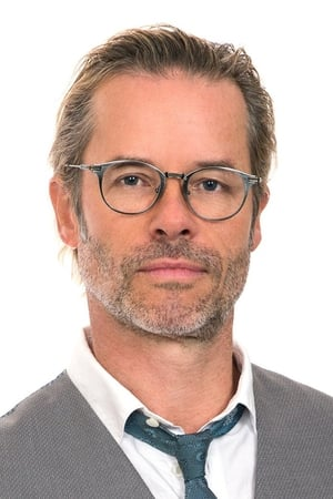 Guy Pearce isKeith Hall