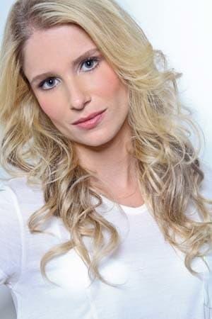 Júlia Lund