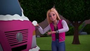 Watch S5E11 - Barbie: Dreamhouse Adventures Online