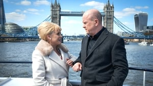 Now you watch episode 13/05/2016 - EastEnders
