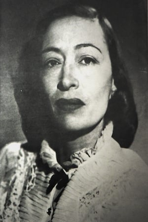 Lupe Carriles