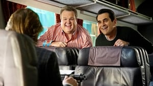 Modern Family Season 7 : Crazy Train