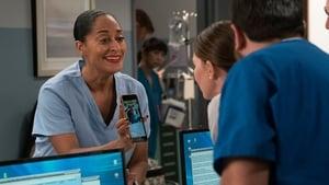 Serie HD Online Black-ish Temporada 4 Episodio 10 Una mujer trabajadora