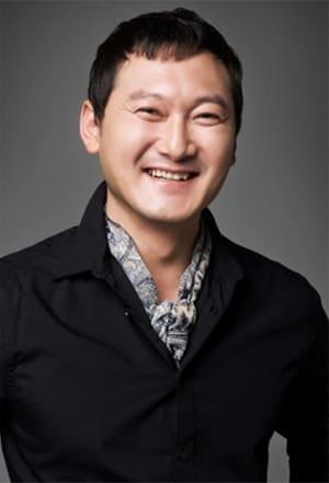 Jeong Man-sik isMr. Shim