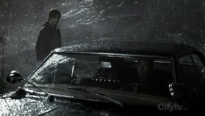 Supernatural S2E16 Roadkill