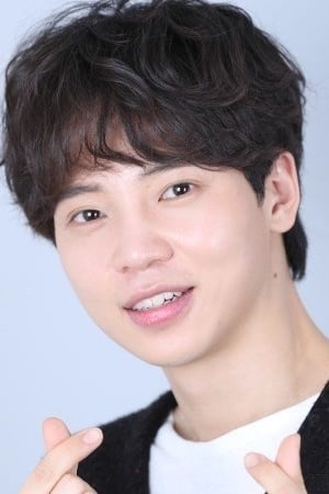 Kim Min-kyu isJeon Young-Sik
