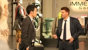 Online Bones Temporada 10 Episodio 4 ver episodio online The Geek in the Guck