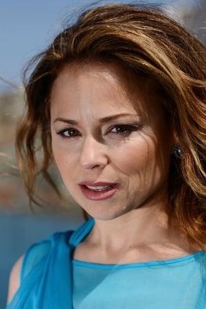 Suzanne Clément isDr. Julie Bouchard