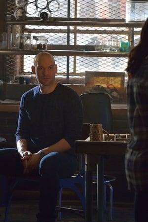 The Strain Season 2 Episode 12 – Fallen Light (2015)