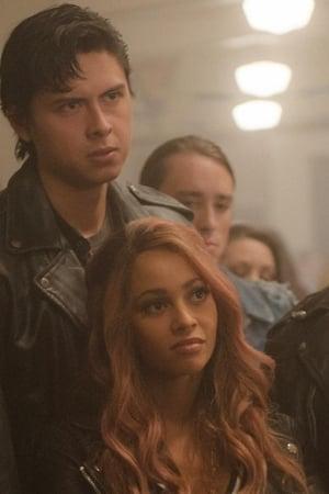 Riverdale 2x10 (Capítulo veintitrés: Semilla de maldad) Online