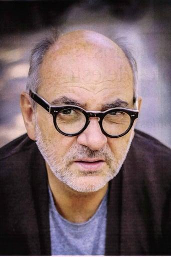 Image of Luis Gnecco
