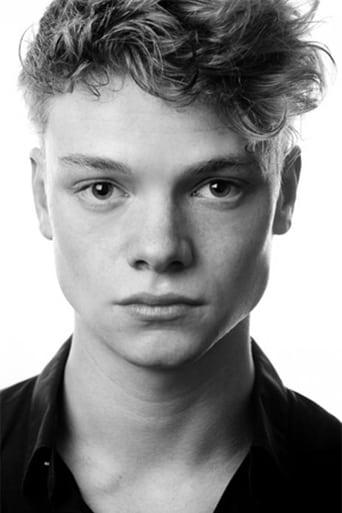 Tom Rhys Harries