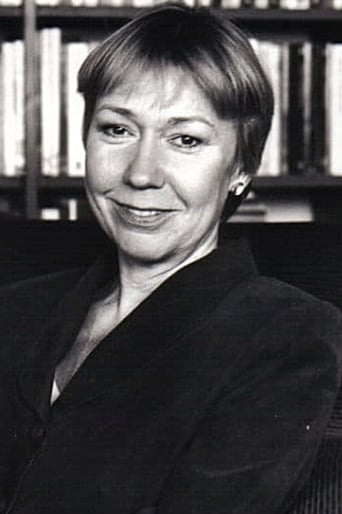 Image of Gabrielle Lloyd