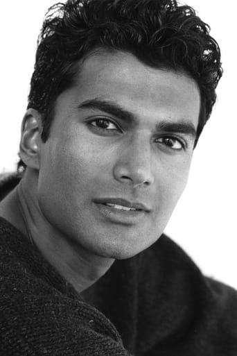 Image of Sendhil Ramamurthy