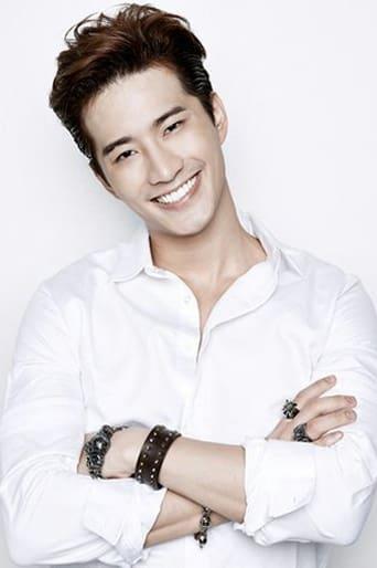 Thassapak Hsu Profile photo
