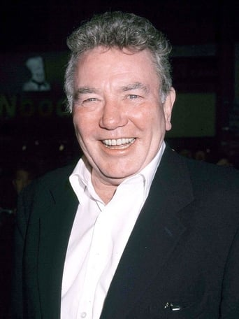 Profile picture of Albert Finney