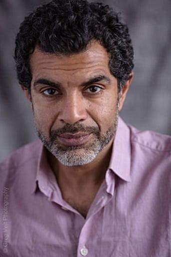 Image of Ezra Khan