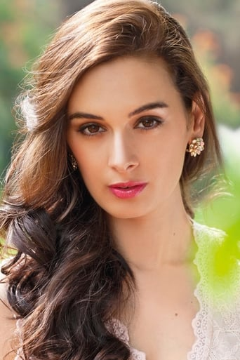 Image of Evelyn Sharma