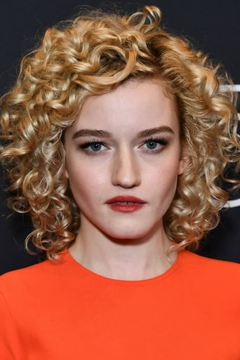 Image of Julia Garner