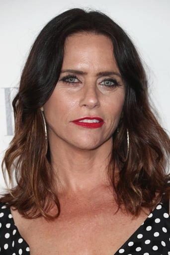 Image of Amy Landecker