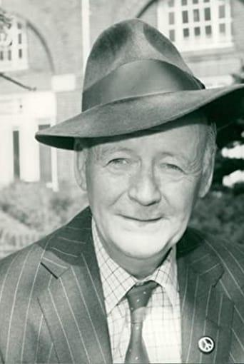 Image of Robert Urquhart