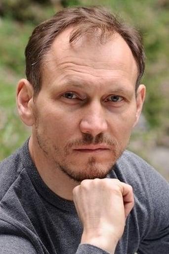 Image of Peter Nikolas