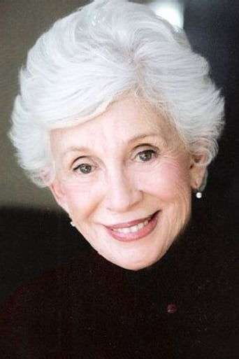 Image of Elaine Kussack