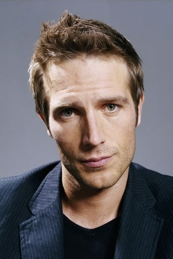 Profile picture of Michael Vartan