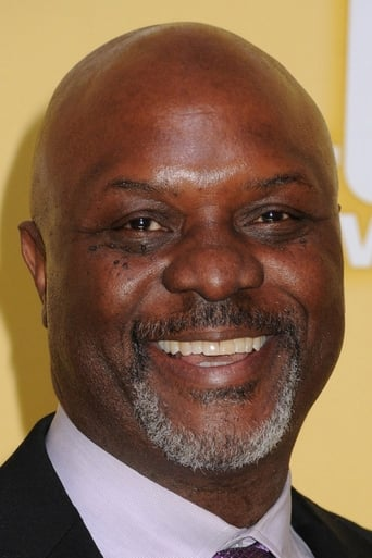 Robert Wisdom alias Roy