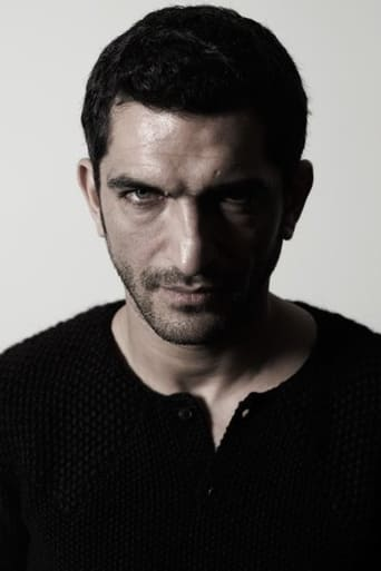 Image of Amr Waked