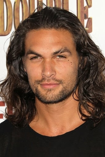 Jason Momoa alias Aquaman / Arthur Curry