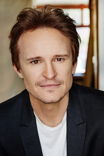 Image of Damon Herriman
